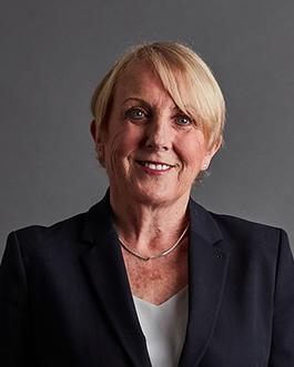 Anne O'Loughlin headshot
